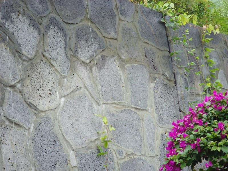 青石板碎拼是光面還是毛面-富嘉青石板