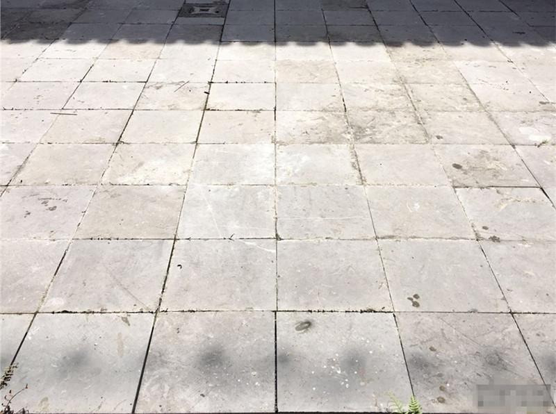 25厚自然面青石板