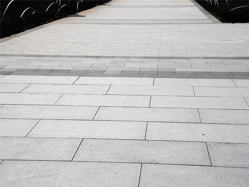 廣場青石板石材.jpg