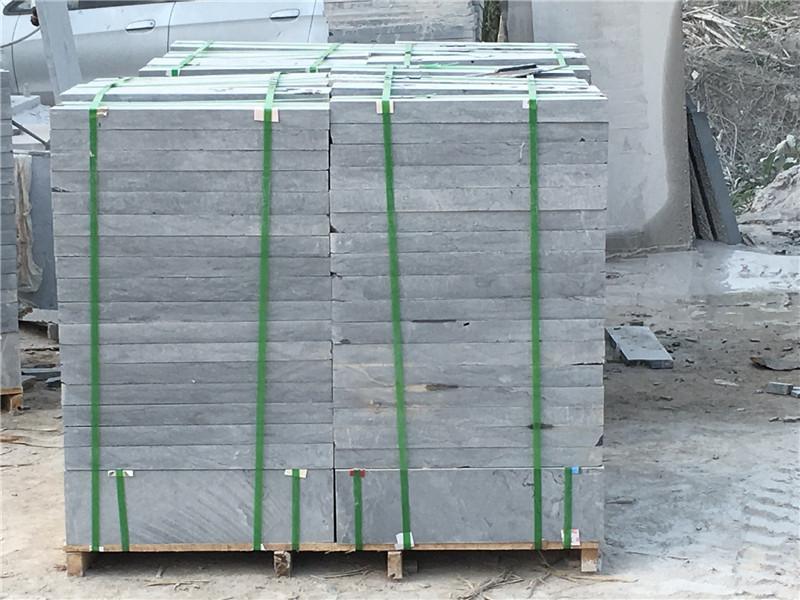 80厚自然面青石板