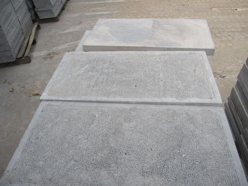 濕鋪青石板后,水漬長久不干的原因及治理