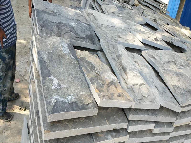 100厚青石板蘑菇石