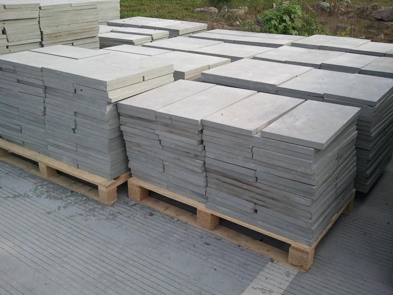 使用青石板石材鋪裝路面的藝術功能與價格