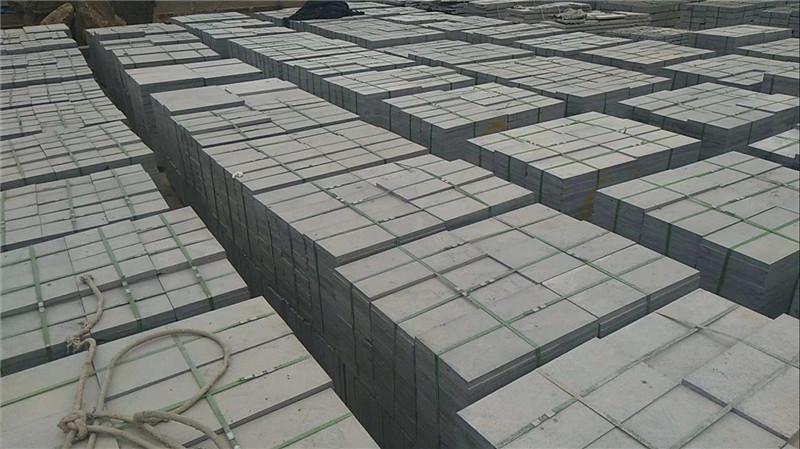青石板石材的密度是多少?