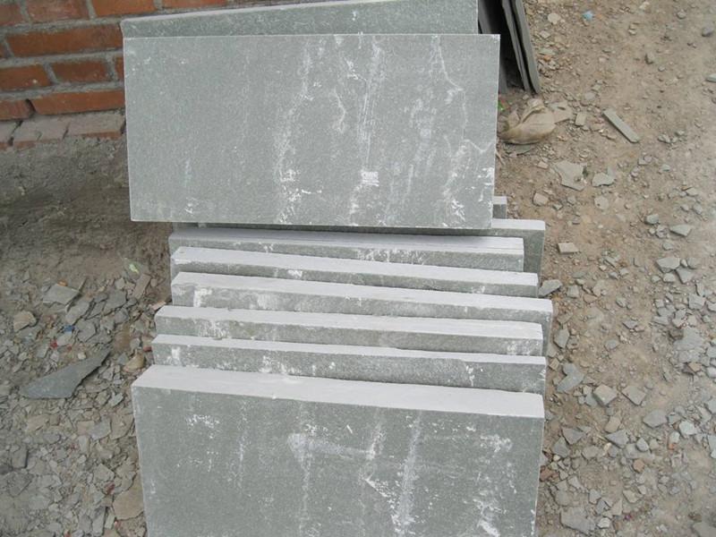 粗鑿面青石板石材的產地有哪些?